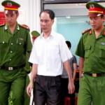 Bốn cựu cảnh sát ăn chặn kỳ nam bị tuyên án tù